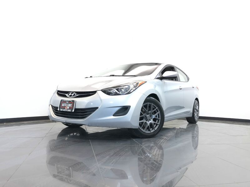 2011 Hyundai Elantra *Drive TODAY & Make PAYMENTS* | The Auto Cave in Addison
