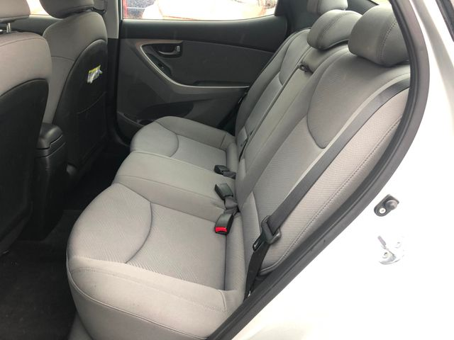 2011 Hyundai Elantra GLS Maple Grove, Minnesota 12