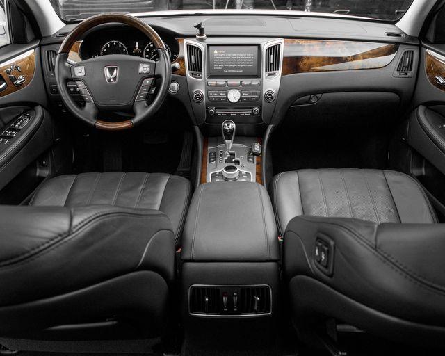 2011 Hyundai Equus Signature Burbank, CA 8