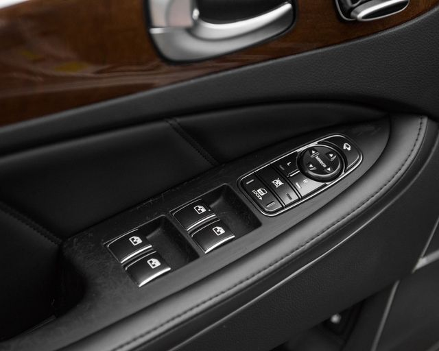 2011 Hyundai Equus Signature Burbank, CA 22