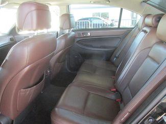 2011 Hyundai Genesis Gardena, California 10