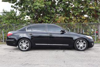 2011 Hyundai Genesis 4.6L Hollywood, Florida 3