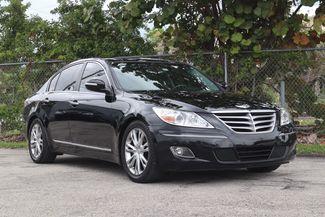 2011 Hyundai Genesis 4.6L Hollywood, Florida 1