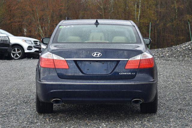 2011 Hyundai Genesis V8 Naugatuck, Connecticut 4