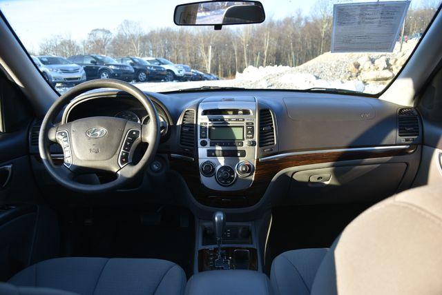 2011 Hyundai Santa Fe GLS Naugatuck, Connecticut 17