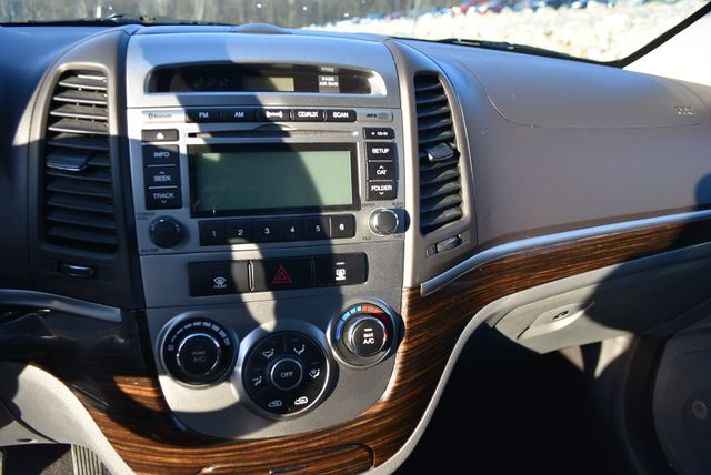 2011 Hyundai Santa Fe GLS Naugatuck, Connecticut 22
