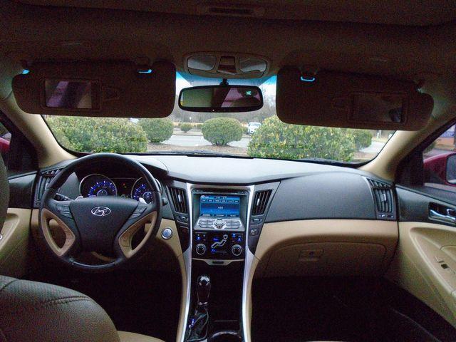 "2011 Hyundai Sonata Ltd w/17"" Wheels in Alpharetta, GA 30004"