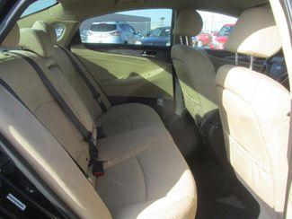 2011 Hyundai Sonata Hybrid Gardena, California 12