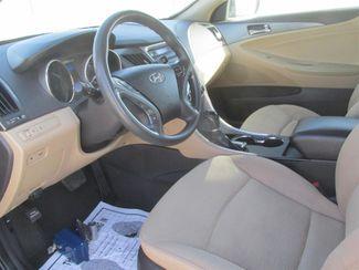 2011 Hyundai Sonata Hybrid Gardena, California 4