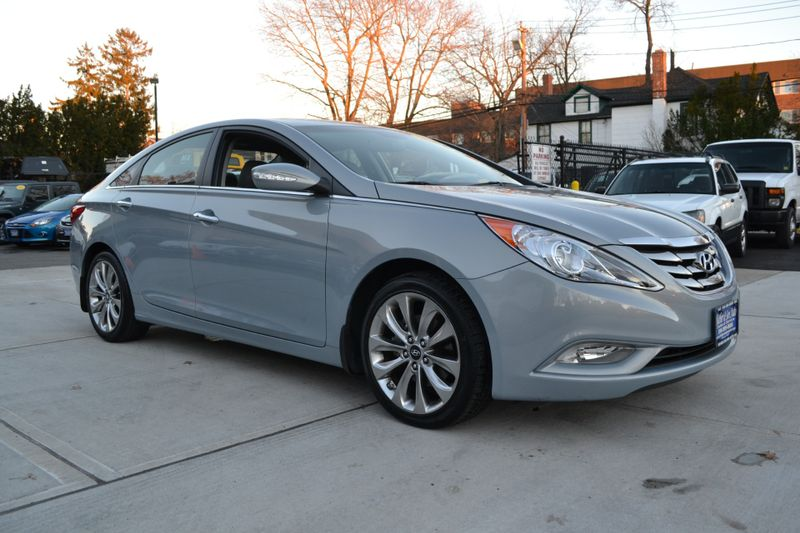 2011 Hyundai Sonata Ltd  city New  Father  Son Auto Corp   in Lynbrook, New