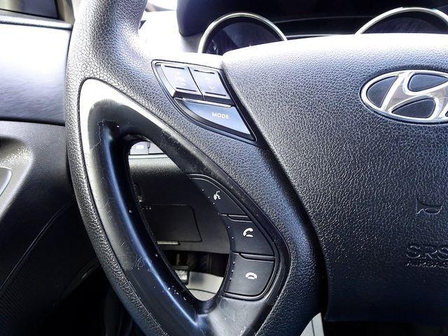 2011 Hyundai Sonata SE Madison, NC 17