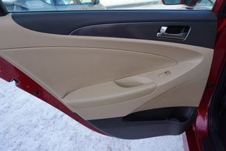 2011 Hyundai Sonata Hybrid Maple Grove, Minnesota 18