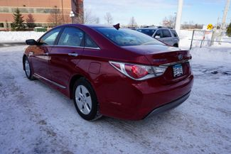 2011 Hyundai Sonata Hybrid Maple Grove, Minnesota 6