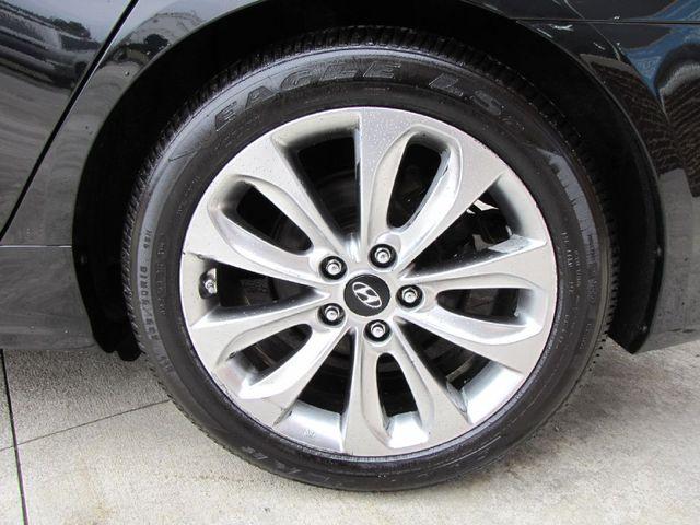 2011 Hyundai Sonata SE in Medina, OHIO 44256
