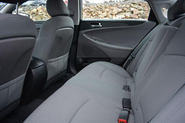 2011 Hyundai Sonata GLS PZEV Naugatuck, Connecticut 13