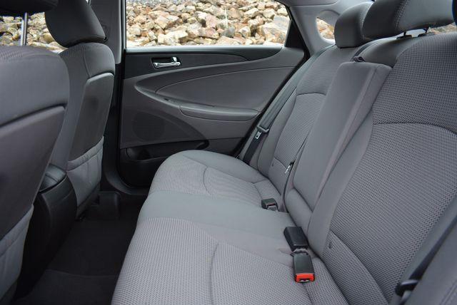 2011 Hyundai Sonata GLS PZEV Naugatuck, Connecticut 14
