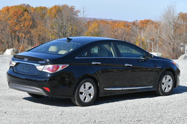 2011 Hyundai Sonata Hybrid Naugatuck, Connecticut 4