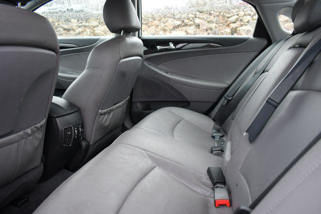 2011 Hyundai Sonata Ltd PZEV Naugatuck, Connecticut 12