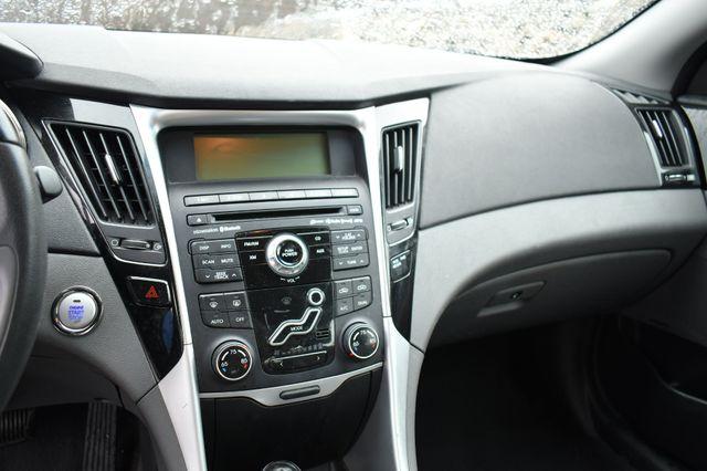 2011 Hyundai Sonata Ltd PZEV Naugatuck, Connecticut 18