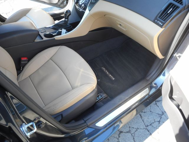 2011 Hyundai Sonata Ltd PZEV New Windsor, New York 26