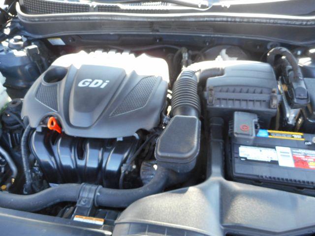 2011 Hyundai Sonata Ltd PZEV New Windsor, New York 28