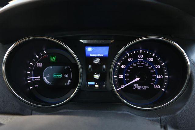 2011 Hyundai Sonata Hybrid Santa Clarita, CA 17