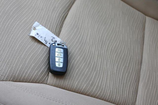 2011 Hyundai Sonata Hybrid Santa Clarita, CA 21