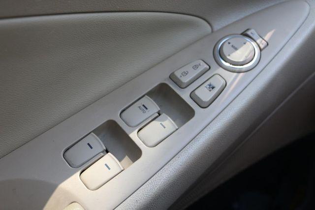 2011 Hyundai Sonata Hybrid Santa Clarita, CA 22