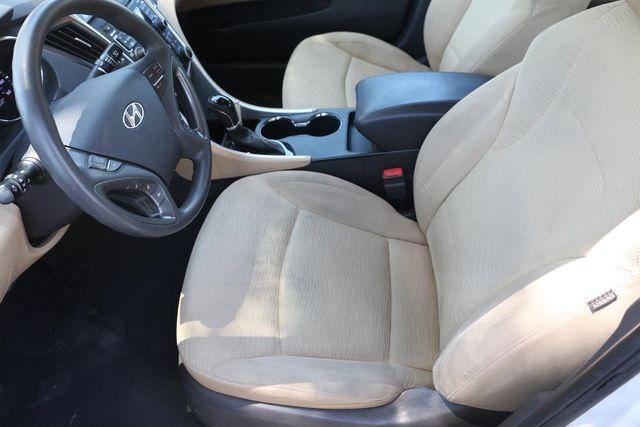 2011 Hyundai Sonata Hybrid Santa Clarita, CA 13