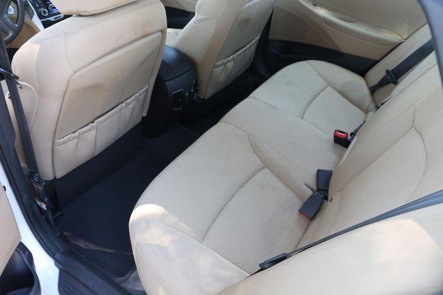 2011 Hyundai Sonata Hybrid Santa Clarita, CA 15