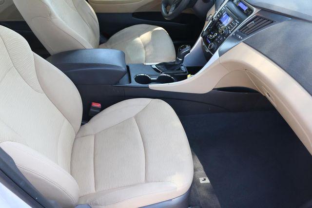 2011 Hyundai Sonata Hybrid Santa Clarita, CA 14