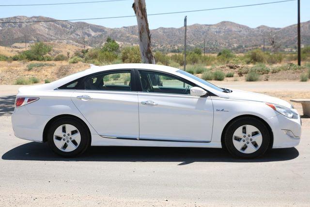2011 Hyundai Sonata Hybrid Santa Clarita, CA 12