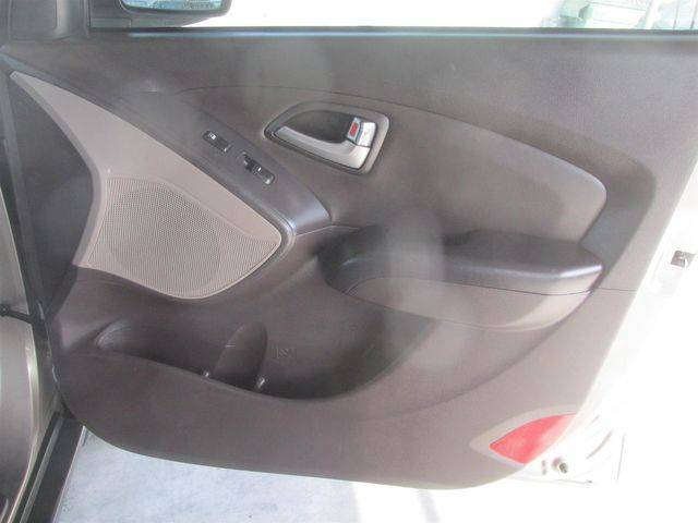 2011 Hyundai Tucson GLS PZEV Gardena, California 13
