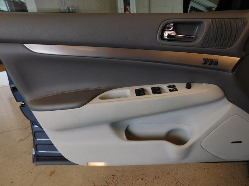 2011 Infiniti G37 Sedan x  city TN  Doug Justus Auto Center Inc  in Airport Motor Mile ( Metro Knoxville ), TN