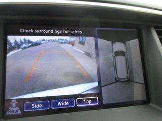 2011 Infiniti QX56 8-passenger Farmington, MN 8