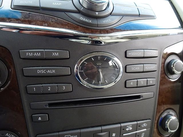 2011 Infiniti QX56 8-passenger Madison, NC 21