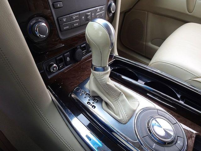 2011 Infiniti QX56 8-passenger Madison, NC 25
