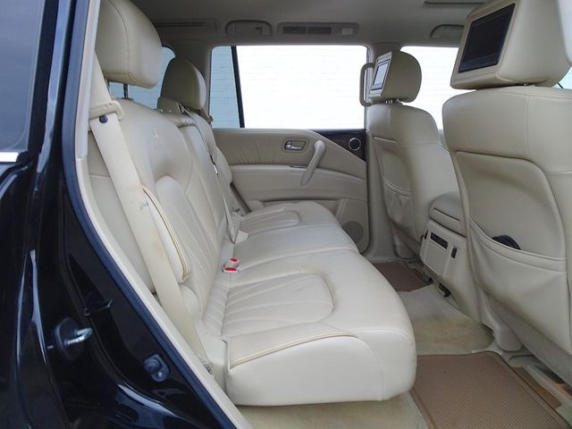 2011 Infiniti QX56 8-passenger Madison, NC 38