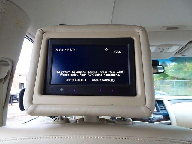 2011 Infiniti QX56 8-passenger Madison, NC 41