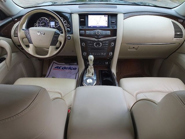 2011 Infiniti QX56 8-passenger Madison, NC 43