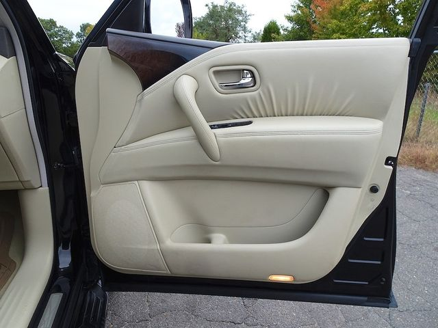 2011 Infiniti QX56 8-passenger Madison, NC 46