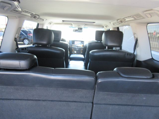 2011 Infiniti QX56 7-passenger south houston, TX 9