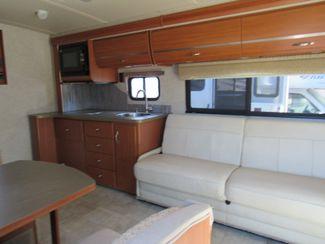 2011 Itasca Navion  24K Bend, Oregon 4