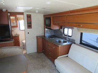 2011 Itasca Navion  24K Bend, Oregon 7