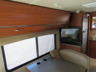 2011 Itasca Navion  24K Bend, Oregon 9