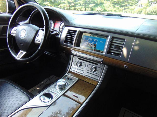 2011 Jaguar XF Supercharged Leesburg, Virginia 44