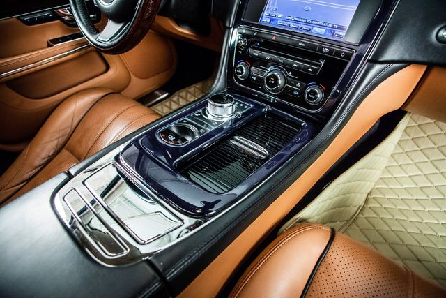 2011 Jaguar XJ XJL Supercharged With Air Ride Suspension in Carrollton, TX 75006