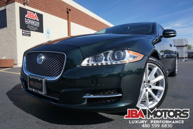 2011 Jaguar XJ Sedan ~ Clean CarFax ~ Highly Optioned ~ LOW MILES