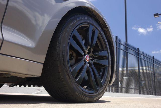 2011 Jaguar XJ XJL * Visibility Pkg * 19's * PANO ROOF * XJ L * Plano, Texas 38