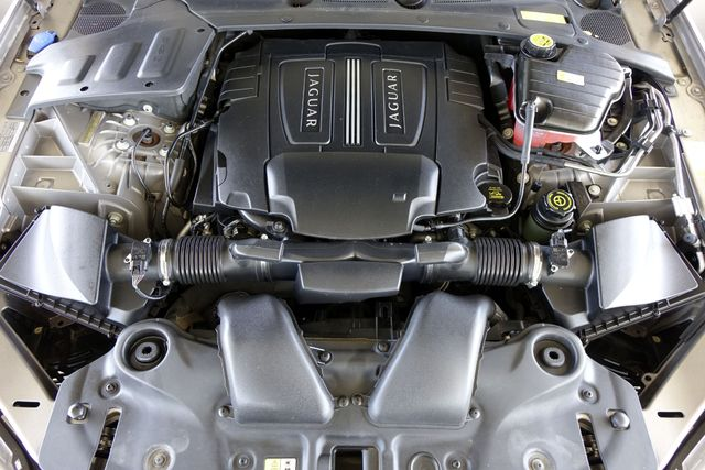 2011 Jaguar XJ XJL * Visibility Pkg * 19's * PANO ROOF * XJ L * Plano, Texas 45
